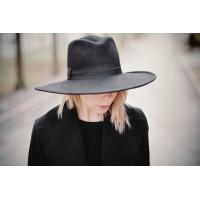 Too Hat